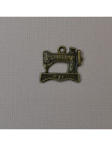 Breloque machine a coudre bronze