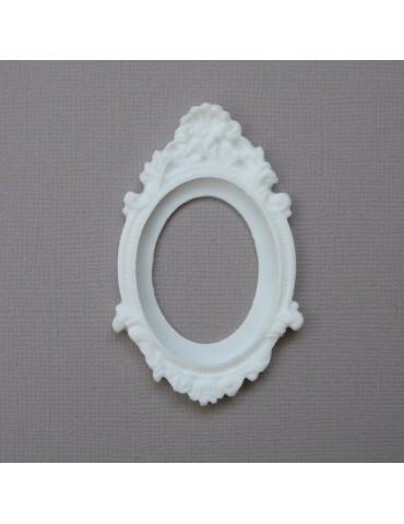 Cadre baroque blanc en résine